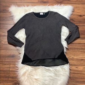 Neely Sweater/Blouse combine gray and black Size L